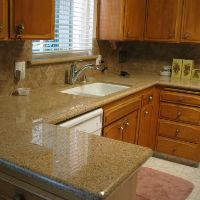 Преимущества гранитной столешницы для кухни