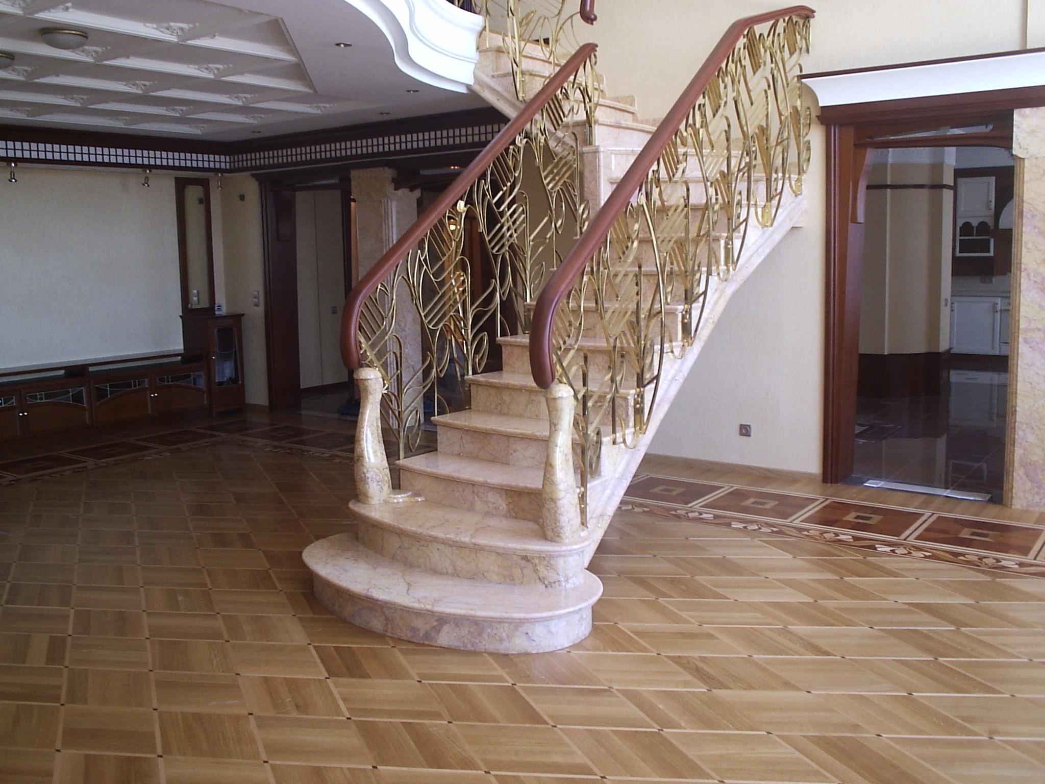 Внутренние лестницы фото