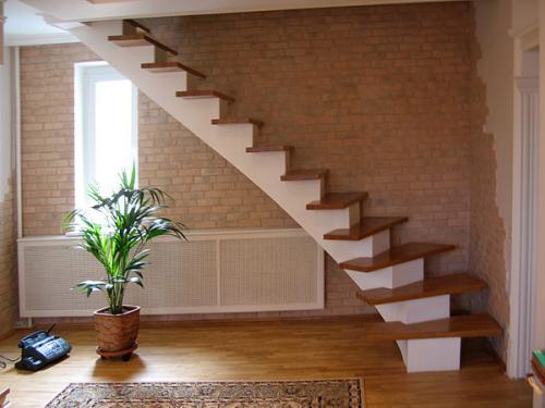 Лестницы для загородного дома